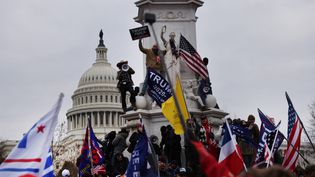 Descentaines de manifestants pro-Trump au Capitole, le 6 janvier 2021 à Washington (Etats-Unis). (SPENCER PLATT / GETTY IMAGES NORTH AMERICA)