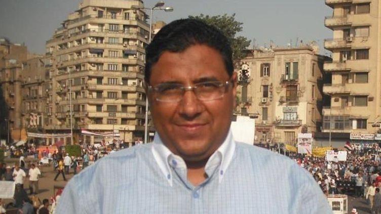 Le journalisteMahmoud Hussein (Al-Jazeera)