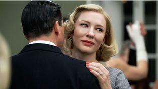 """Cate Blanchett (Carol) dans un rôle féminin, huit ans après avoir interprété le rôle de Bob Dylan dans """"I'm Not There"""" du même Todd Haynes  (UGC Distribution)"""