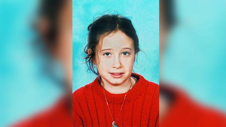 Photo d'Estelle Mouzin, issue de l'avis de recherche lors de sa disparition en 2003, distribuée par la police. (AFP / POLICE)