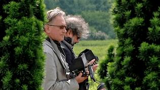 """Benoît Delépine et Gustave Kervern sur le tournage de """"Saint-Amour"""" à Juliénas  (France 3)"""
