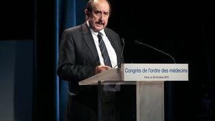 Patrick Bouet, le président du conseil national de l'Ordre des médecinsà Paris, le 29 octobre 2015. (JACQUES DEMARTHON / AFP)