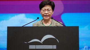 Le cheffe de l'éxécutif de Hong Kong, Carrie Lom, lors d'une conférence dans le territoire, le 21 juillet 2021. (WANG SHEN / XINHUA / AFP)