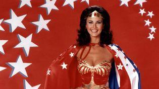 Lynda Carter en Wonder Woman dans la série américaine diffusée entre 1976 et 1979.  (KOBAL / THE PICTURE DESK)