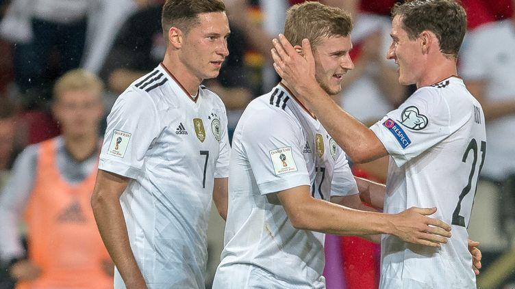 Les Allemands euphoriques lors de leur succès face à la Norvège en éliminatoires du Mondial 2018. (DANIEL MAURER / DPA)