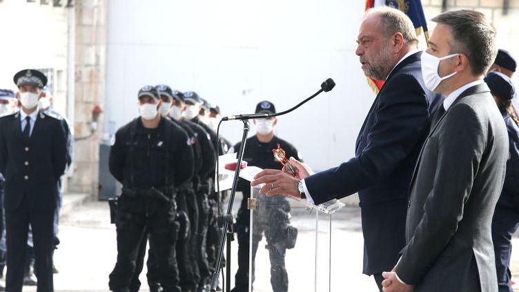 Le ministre de la Justice Eric Dupond-Moretti lors d'une visite de la maison centrale de Clairvaux, mardi 22 septembre 2020 àVille-sous-la-Ferté (Aube). (FRANCOIS NASCIMBENI / AFP)