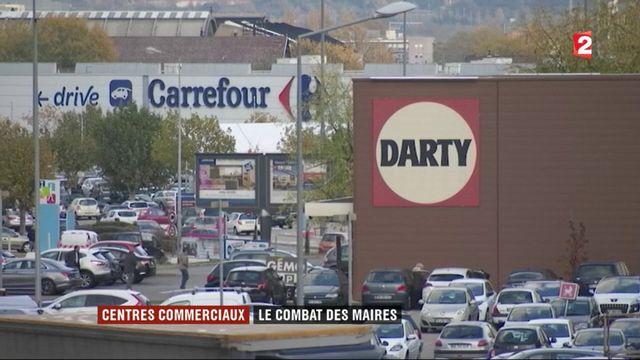 Grandes surfaces : les maires de France réclament un moratoire pour protéger leurs centres-villes