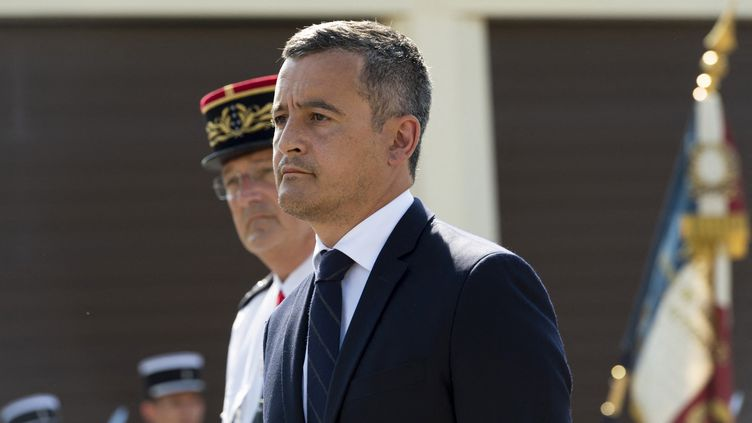 Le ministre français de l'Intérieur, Gérald Darmanin, lors d'une cérémonie en hommage aux trois gendarmes tués à Saint-Just, à Ambert (Puy-de-Dôme), le 22 juillet 2021. (THIERRY ZOCCOLAN / AFP)