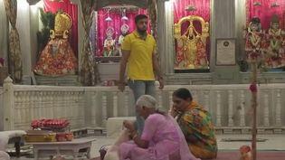 France 2 vous emmène cette semaine vous évader à Old Delhi, le Vieux Delhi, quartier historique de la capitale indienne. On suivra ce jeudi 18 janvier les rites religieux de l'Inde éternelle. (France 2)