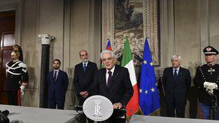 Le président italienSergio Mattarella lors d'une conférence de presse à Rome, le 27 mai 2018. (VINCENZO PINTO / AFP)