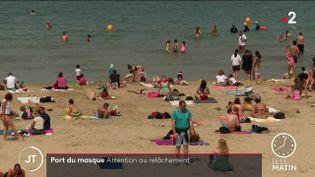 Sur les plages, les Marseillais ont du mal à porter le masque sanitaire (France 2)