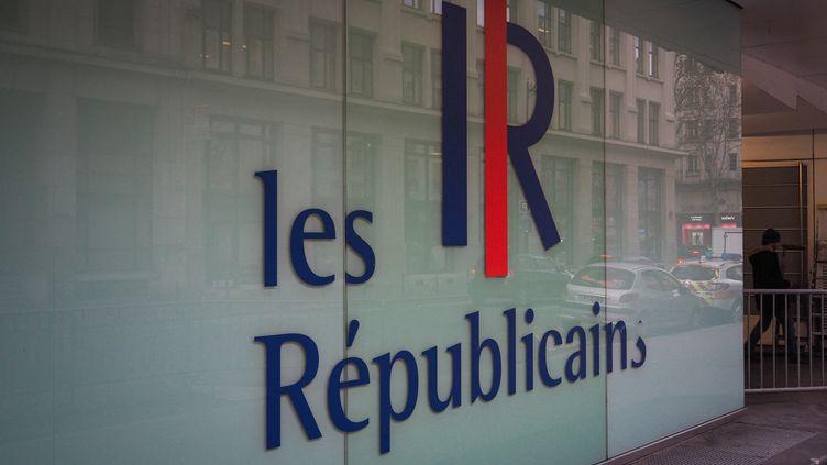 L'entrée du siège parisien du parti Les Républicains (RICCARDO MILANI / HANS LUCAS)