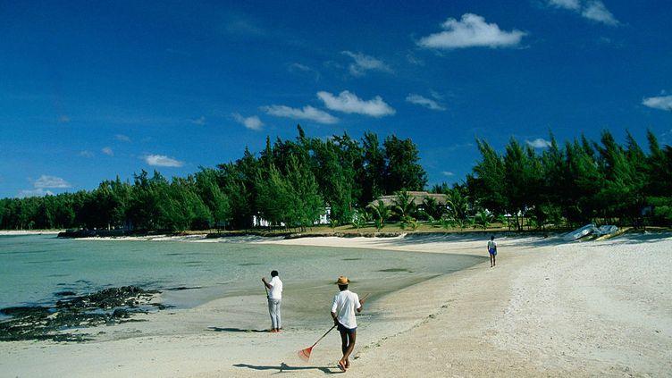 Le tourisme, l'un des leviers de l'économie mauricienne. Les plages paradisiaques de l'île attirent de très nombreuxvacanciers. (TIM GRAHAM / GETTY IMAGES)