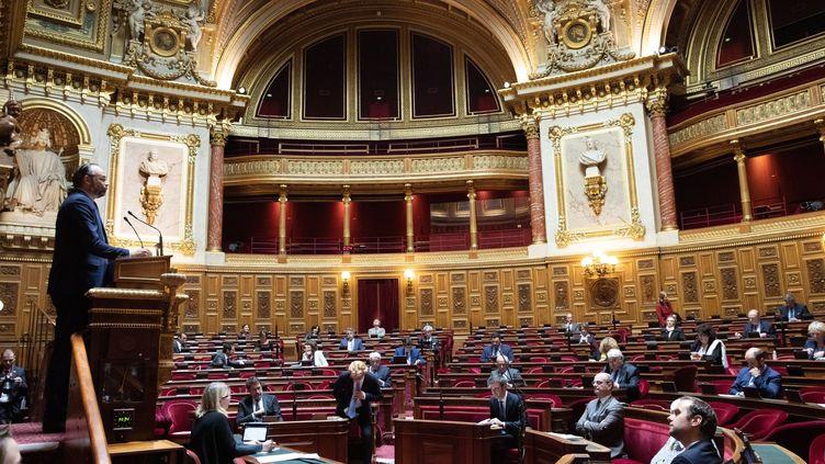 Le Premier ministre Edouard Philippe s'exprime au Sénat, le 4 mai 2020, à Paris. (SENAT/CECILIA LEROUGE/SIPA)
