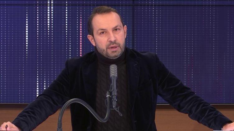 Leporte-parole du Rassemblement national, Sébastien Chenu. (FRANCEINFO / RADIO FRANCE)