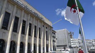 Le parlement a adopté la réforme constitutionnelle sur laquelle les électeurs algériens devront se prononcer le 1er novembre 2020. (RYAD KRAMDI / AFP)