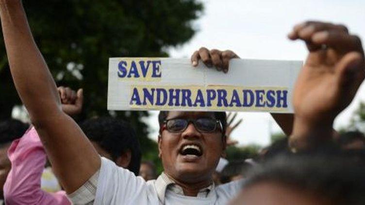 Hyderabad, en Inde, le 7 septembre 2013: manifestation d'habitants de l'Andhra Pradesh, opposés à la scission de cet Etat en deux parties. (AFP PHOTO / Noah SEELAM)