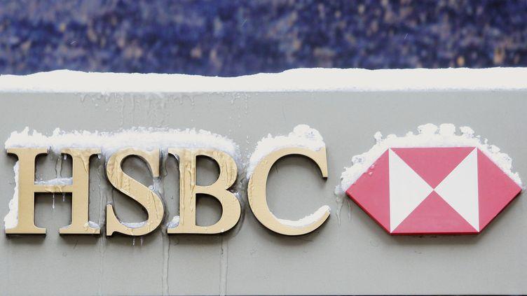 La banque britannique est notamment accusée de complicité de blanchiment d'argent sale appartenant à des cartels de la drogue. (BRENDAN MCDERMID / REUTERS)