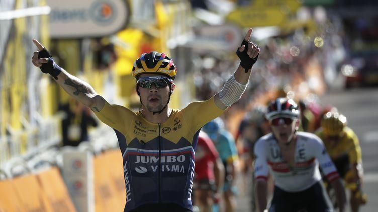 Roglic a fait parler sa pointe de vitesse. (STEPHANE MAHE / AFP)