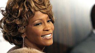 La chanteuse Whitney Houston en février 2007 à Berverly Hills en Californie. (MARIO ANZUONI / REUTERS)