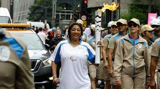 Le passage d ela flamme parolympique sur l'Avenue Paulista à Sao paulo au Brésil, le dimanche 4 septembre 2016. (FOTORUA / NURPHOTO / AFP)
