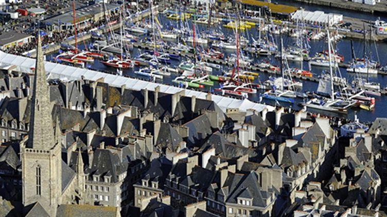 La flotte du Rhum attend dans le port de St-Malo (DAMIEN MEYER / AFP)