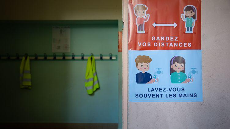 Dans une école de Nice (Alpes-Maritimes), en septembre 2020. (ARIE BOTBOL / HANS LUCAS / AFP)