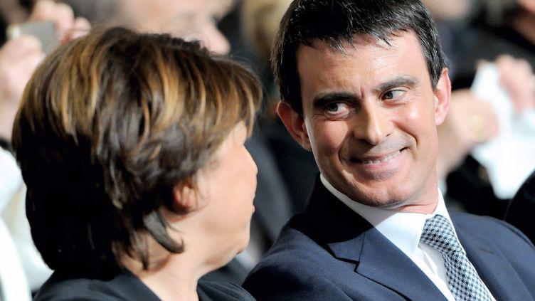 Le Premier ministre, Manuel Valls, et la maire de Lille, Martine Aubry, le 15 mai 2014 à Lille (Nord). (PHILIPPE HUGUEN / AFP)