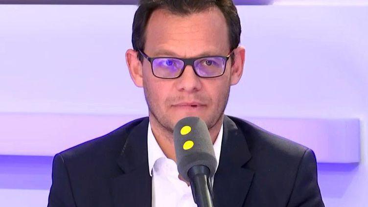 Stéphane Israël, le président exécutif d'Arianespace, était l'invité de franceinfo mercredi 15 mai. (FRANCEINFO / RADIOFRANCE)