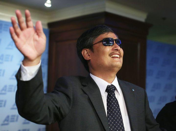 Chen Guangcheng prend la parole lors d'un débat à l'American Enterprise Institute for Public Policy Research (ALEX WONG / GETTY IMAGES NORTH AMERICA / AFP)