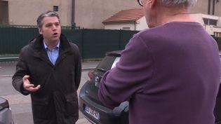 De nombreux maires sont plein d'impatience et d'attentes pour le Congrès des maires de France qui s'ouvre mardi 20 novembre. Reportage auprès du maire de Maizière-lès-Metz (Moselle). (France 3)