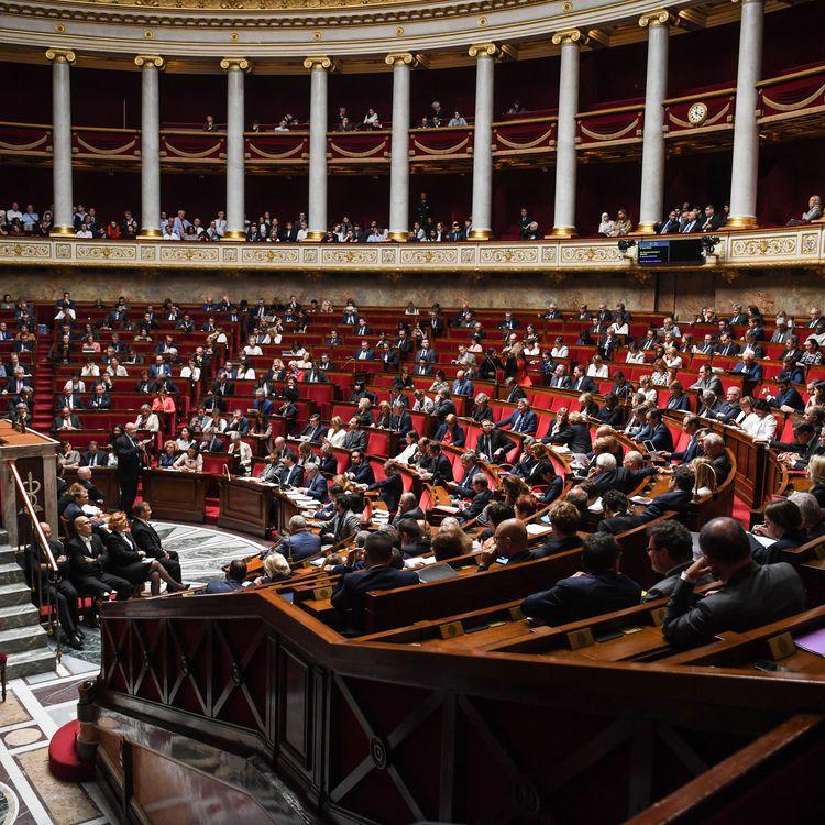 L'hémicycle de l'Assemblée nationale, à Paris, le 19 juin 2018. (CHRISTOPHE ARCHAMBAULT / AFP)