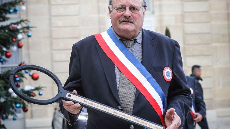 Leprésident de l'Association desmaires ruraux, Michel Fournier, le 14 janvier 2019. (LUDOVIC MARIN / AFP)