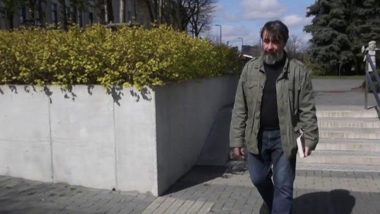 Biélorussie : les opposants au pouvoir fuient le pays. (FRANCEINFO)