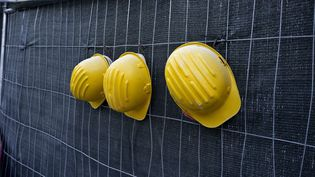 Le BTP est le premier secteur professionnel concerné, avec un tiers des travailleurs détachés présents en France. (JOHNER IMAGES / GETTY IMAGES )