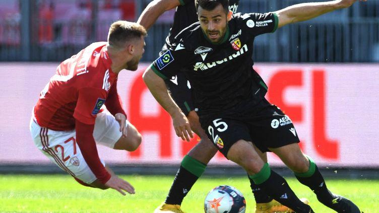 Lens arrache le match nul à Brest (1-1), dimanche 18 avril 2021.  (FRED TANNEAU / AFP)