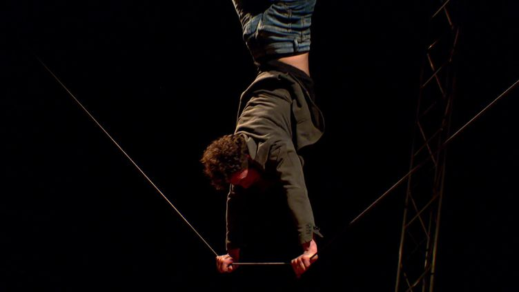 La compagnie Circo Zoé s'installe à la Seyne-sur-Mer pour préparer son nouveau spectacle. (CAPTURE D'ECRAN FRANCE 3 / Ali MARTINIKY)