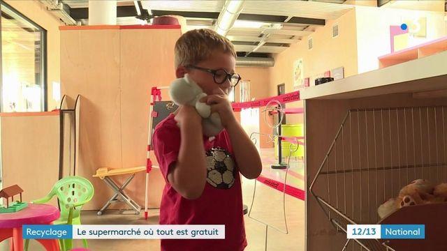 Recyclage : en Gironde, le supermarché du troc où tout est gratuit