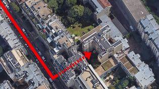 Les conditions d'intervention des pompiers ont été très compliquées, dans la nuit du 4 au 5 février, pour maîtriser l'incendie meurtrier d'un immeuble parisien. (FRANCE 2)
