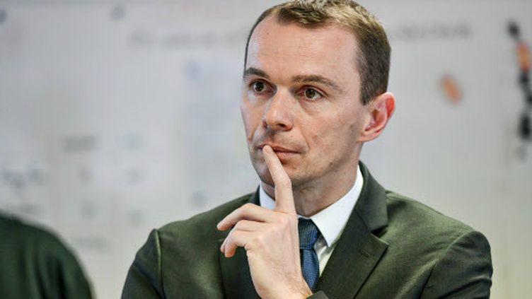 Olivier Dussopt, secrétaire d'Etat à la Fonction publique lors d'une visite à Bordeaux (Gironde), le 12 mars 2020. (UGO AMEZ / SIPA)