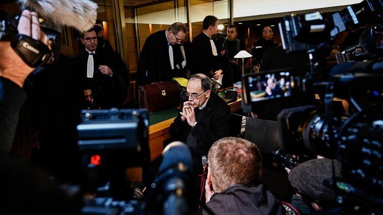 L'archevêque de Lyon, Philippe Barbarin, au tribunal correctionnel de Lyon (Rhône), le 7 janvier 2019. (JEFF PACHOUD / AFP)