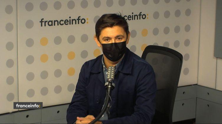 Le journaliste et documentariste Romain Icard, invité de franceinfo le 13 septembre 2021. (FRANCEINFO / RADIO FRANCE)