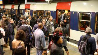 Le quai du RER B en gare du Nord, lors d'une grève le 9 octobre 2014. (MAXPPP)