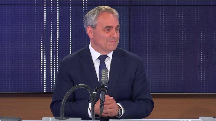 """Xavier Bertrand,président (ex-LR) des Hauts-de-France, candidat à sa réélection, était l'invité du """"8h30 franceinfo"""", jeudi 17 juin 2021. (FRANCEINFO / RADIOFRANCE)"""