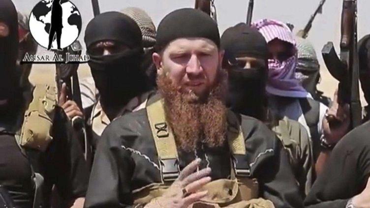Abou Omar Al-Chichani, commandant tchétchène qui combat en Syrie, dans une image fournie par le groupe Etat islamique en juin 2014. (AP/SIPA / AP)