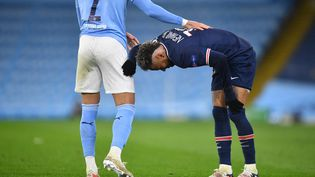 Face à Manchester City, Neymar et ses coéquipiers ont dû s'incliner contre plus fort qu'eux. (PAUL ELLIS / AFP)