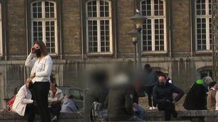 À Liège, en Belgique, la police a mis au pointune brigade chargéede traquer les harceleurs de rue. (CAPTURE ECRAN FRANCE 2)