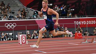 Le Français Kevin Mayer lors du 400 m de l'épreuve de décathlon des Jeux olympiques de Tokyo. (ANDREJ ISAKOVIC / AFP)