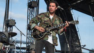Le chanteur et musicien californien Hanni El Khatib au festival We Love Green, à Paris, le 30 mai 2015. (DAVID WOLFF - PATRICK / REDFERNS / GETTY IMAGES)