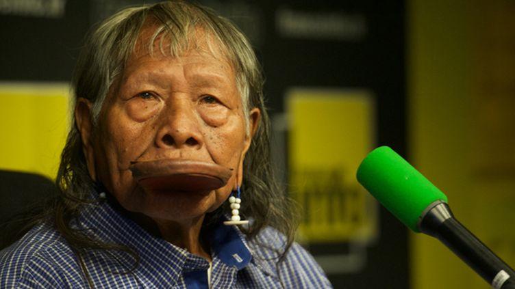 (Raoni Metuktire, chef des Kayapos, l'un des peuples indiens d'Amazonie. © France Info)